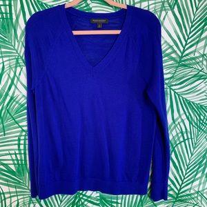 Banana Republic merino wool sweater blue v neck M